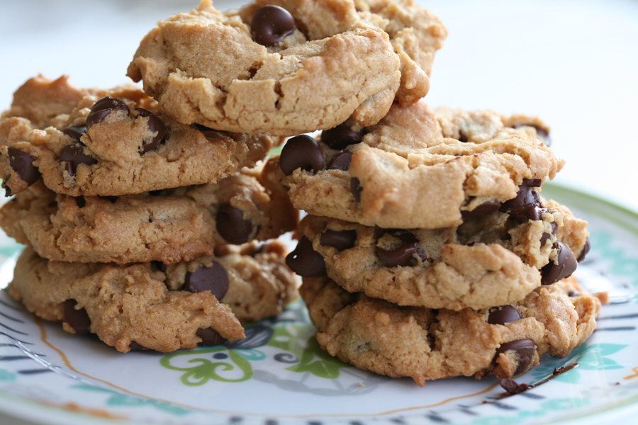 Flourless Peanut Butter & Chocolate Chip Cookies