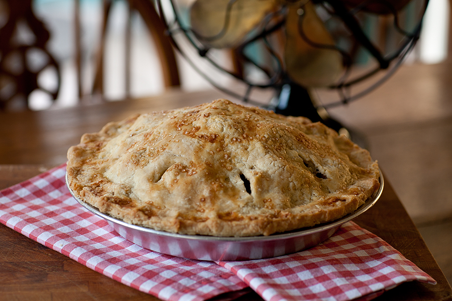 recipe and story about a perfect American apple pie