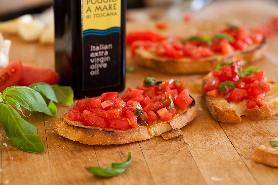 Bruschetta and Tuscan Extra Virgin Olive Oil