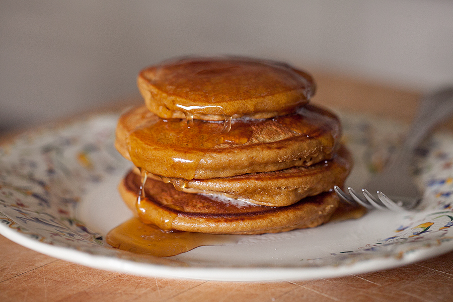 Gingerbread pancakes are easy, fast, and made with pantry staples ...
