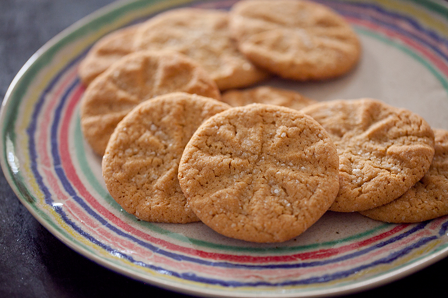 Peanut Butter Cookies & Homemade Peanut Butter